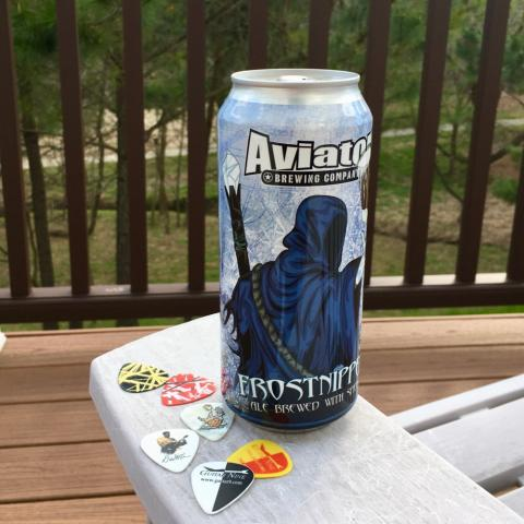 Aviator Brewing Frostnipper Ale