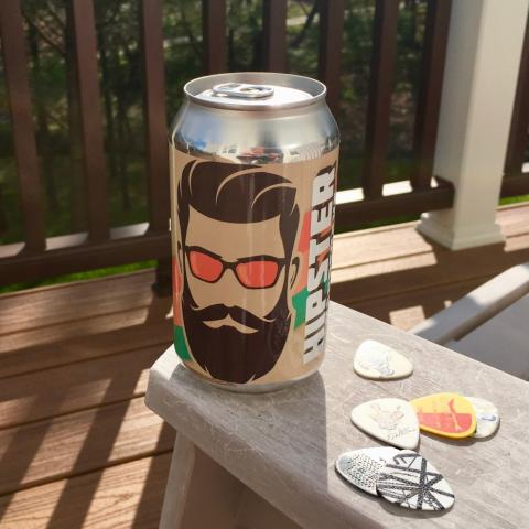 Bombshell Beer Company Hipster Handshake Wheat Ale