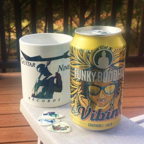 Funky Buddha Brewery Vibin Groovable Lager