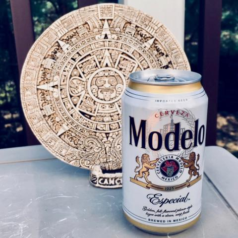Modelo Especial Pilsner Style Lager