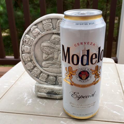 Cerveceria Modelo Modelo Especial Pilsner Style Lager