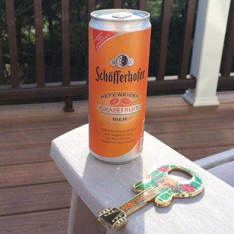 Schofferhofer Hefeweizen Grapefruit Beer