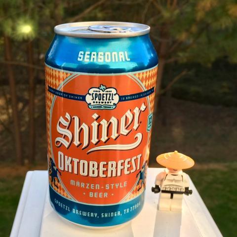 Spoetzl Brewery Shiner Oktoberfest Marzen-Style Bee
