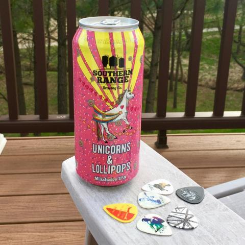 Southern Range Brewing Unicorns & Lollipops Milkshake IPA