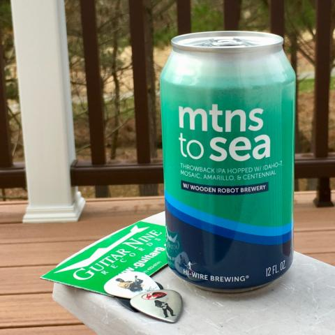 Hi-Wire Brewing Mtns To Sea Wooden Robot IPA